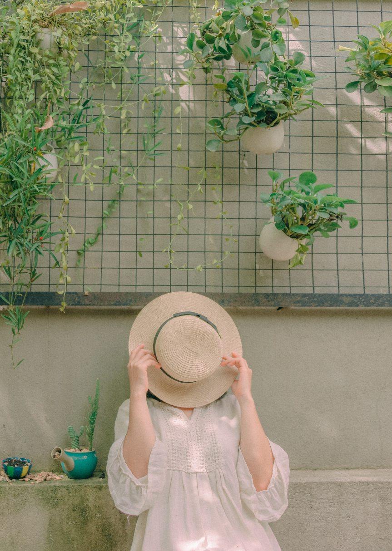 daytime-garden-girl-1248944.jpg